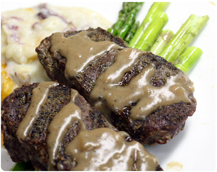 Peppered Steak with Port Wine Sauce