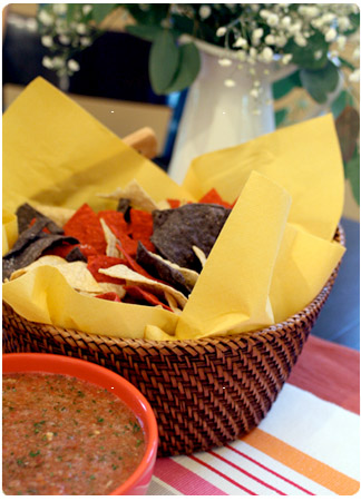 homemade salsa & tortilla chips