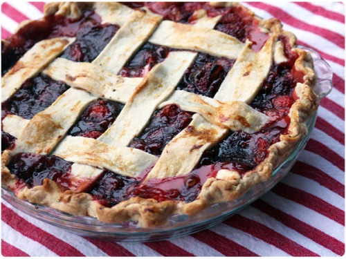 strawberry lattice pie with balsamic