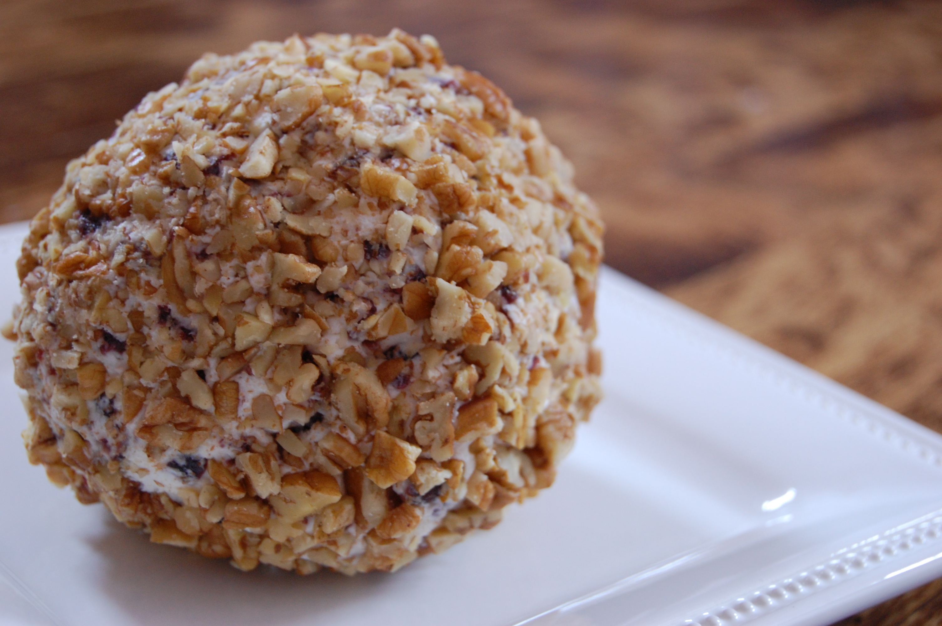 Cranberry and Toasted Pecan Cheese Ball |