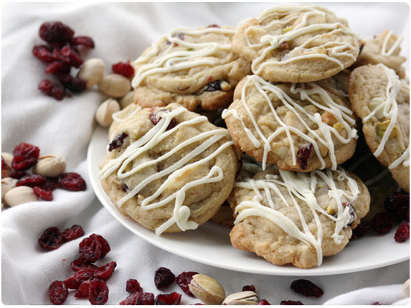 cranberry, white chocolate christmas cookies
