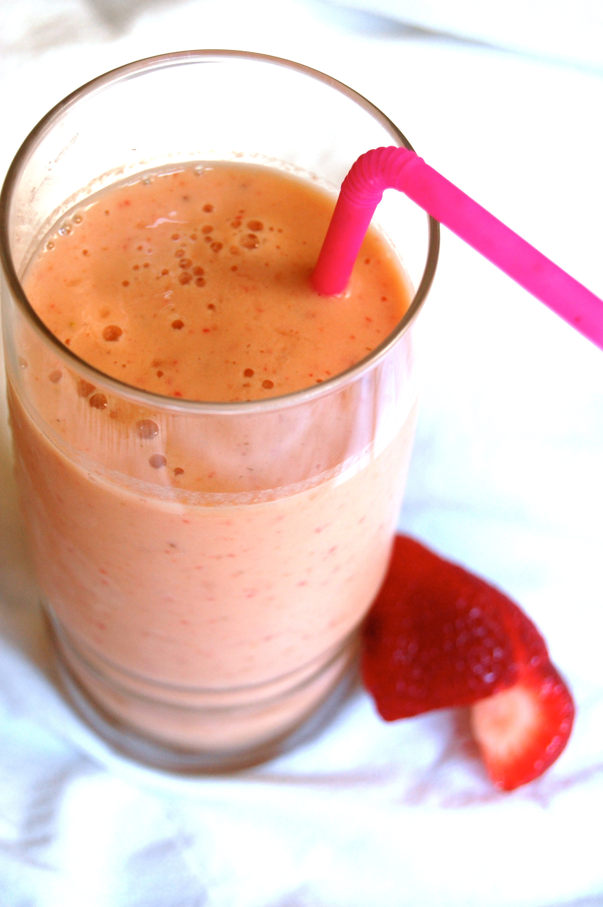 Mango Strawberry Smoothie |